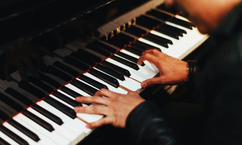 Dix conseils pour apprendre à jouer du piano